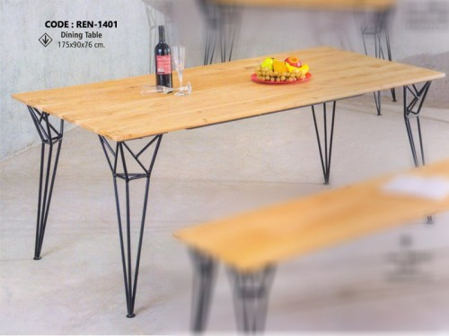 Dining Table Made of Mango Wood and Metal Legs