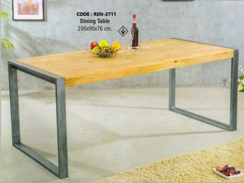Dining Table Made of Mango Wood and Metal