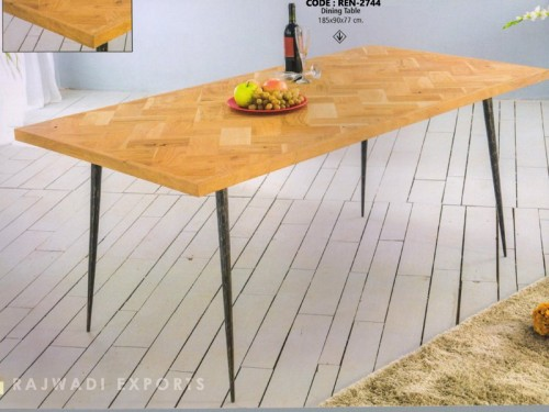 Palleted Design Coffee Table Made of Mango Wood and Metal